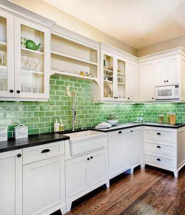 зелены кабанчик: фартук на кухне