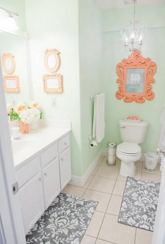 крашеные стены в туалете