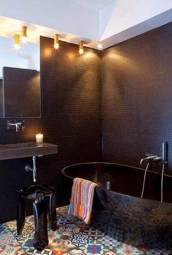 лоскутная плитка в интерьере ванной