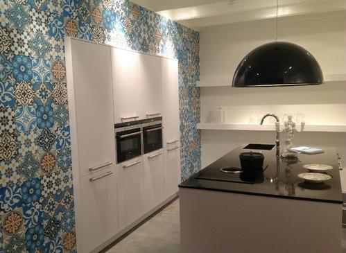 лоскутная плитка на кухне
