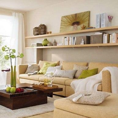 настенные полочки над диваном