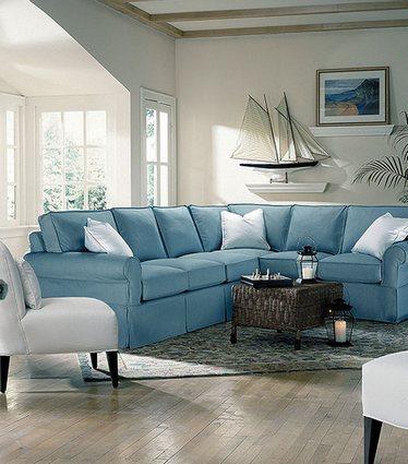 что повесить над диваном