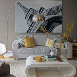 картина над диваном