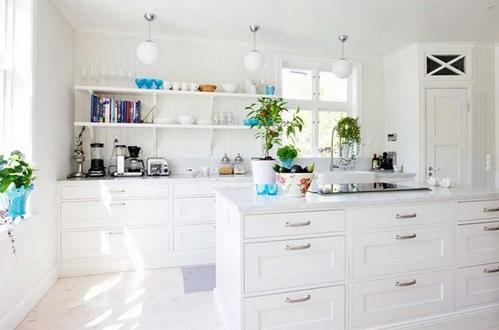 кладовая на кухне без верхних навесных шкафов