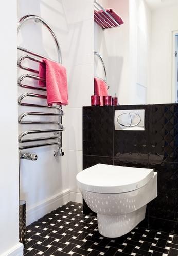 черно-белая плитка в ванной