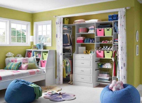 встроенный шкаф с занавесками