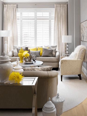 сочетание бежевого с серым в интерьере гостиной