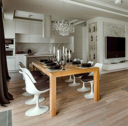 хрустальная люстра в современной кухне