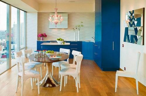 синий гарнитур в интерьере кухни