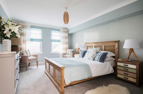 как сочетать разную мебель в спальне