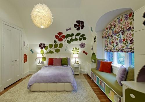 шторы в цветочек в интерьере