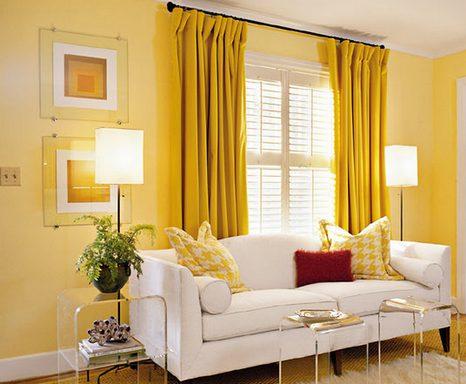 стены и шторы одного цвета