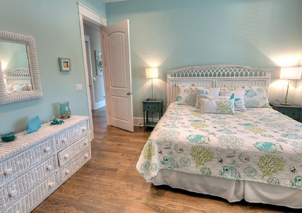 бирюзовый цвет в спальне