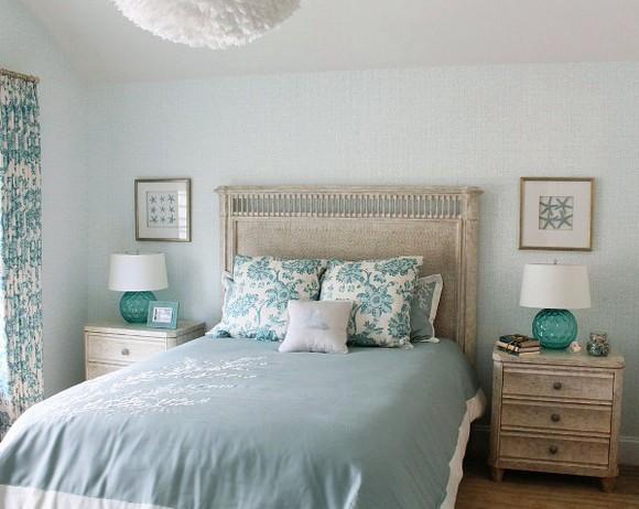 спальня с морскими мотивами в оформлении
