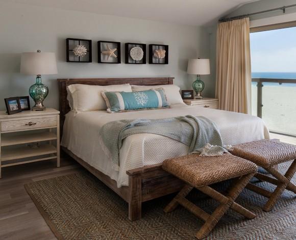 интерьер спальни с морскими мотивами