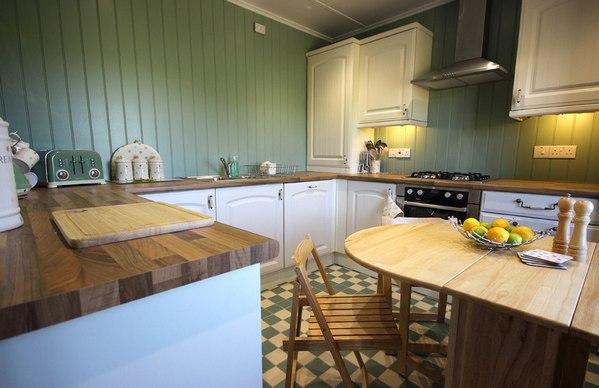 вагонка на стенах кухни