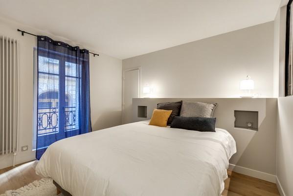 современная французская спальня