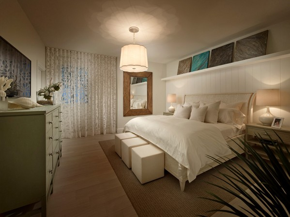 комод в интерьере спальни