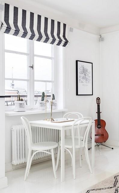 черно-белые шторы в скандинавском интерьере