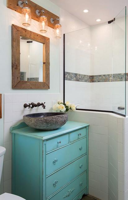 бирюзовая тумба с раковиной в ванной