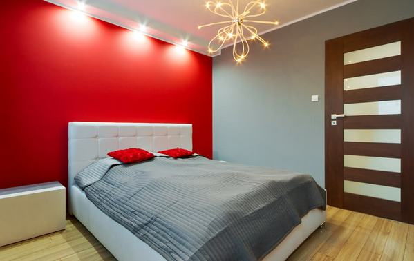 цвет спинки кровати