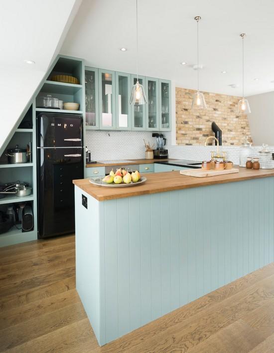 светло-голубая кухня