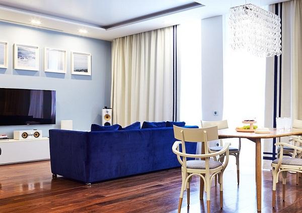 светло-синяя гостиная