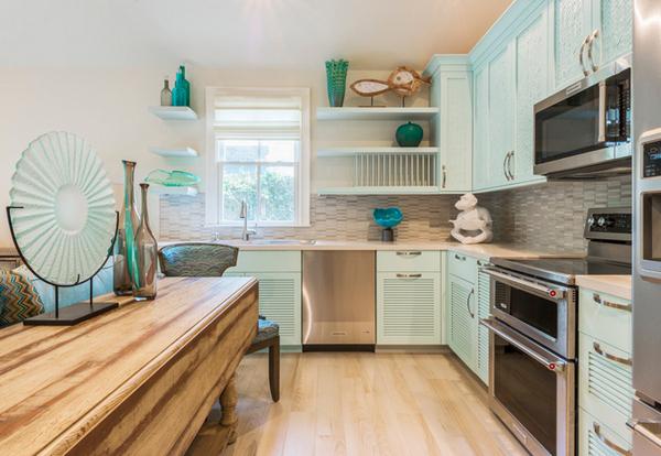 светло-бирюзовая кухня