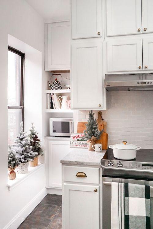 маленькая ёлочка на кухне