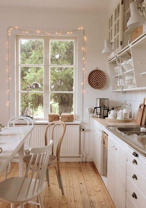 гирлянда на кухне