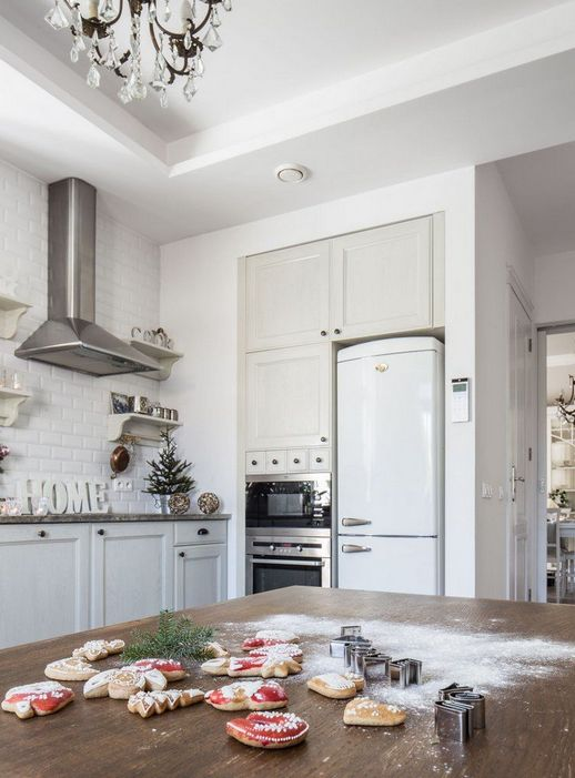 маленькая елочка на кухне
