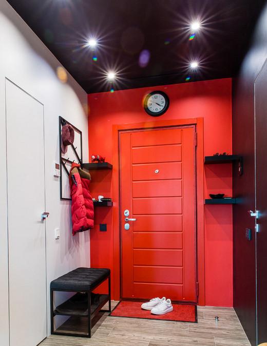 двери под цвет стен