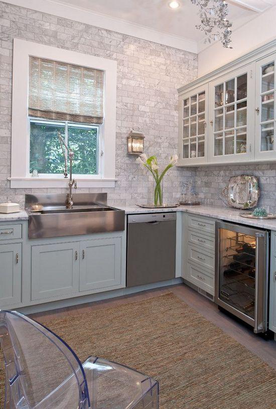 ковёр в интерьере кухни