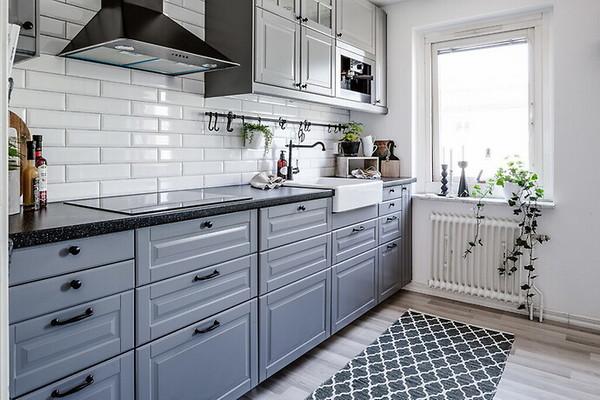 коврик в интерьере кухни
