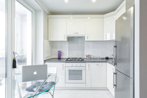 кухонные шкафы до потолка или нет