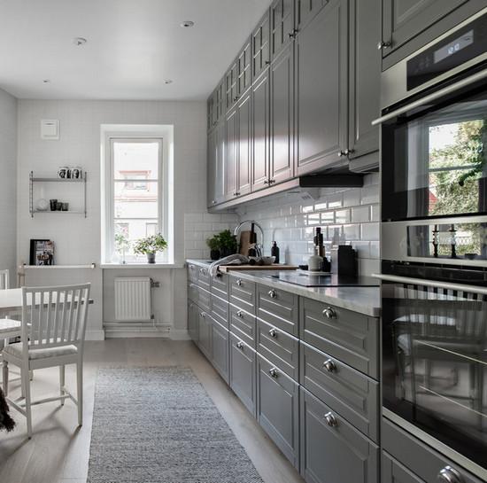 кухня до потолка