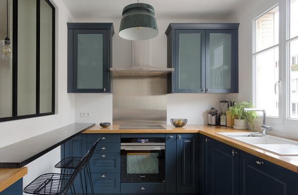 высота кухонных шкафов: до потолка или нет