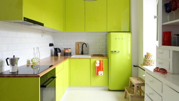 зелёный кухонный гарнитур