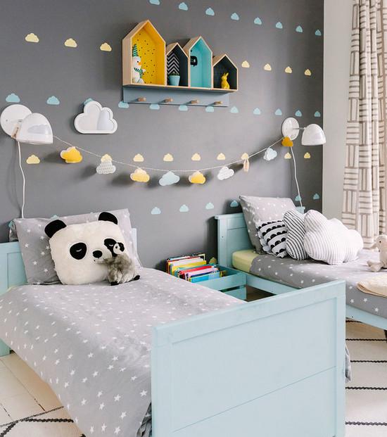 украшение стены над детскими кроватками