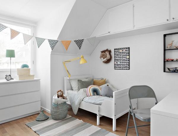 Как оформить стену над кроваткой малыша? - Обзор