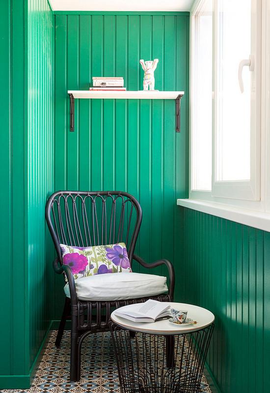 в какой цвет покрасить балкон внутри