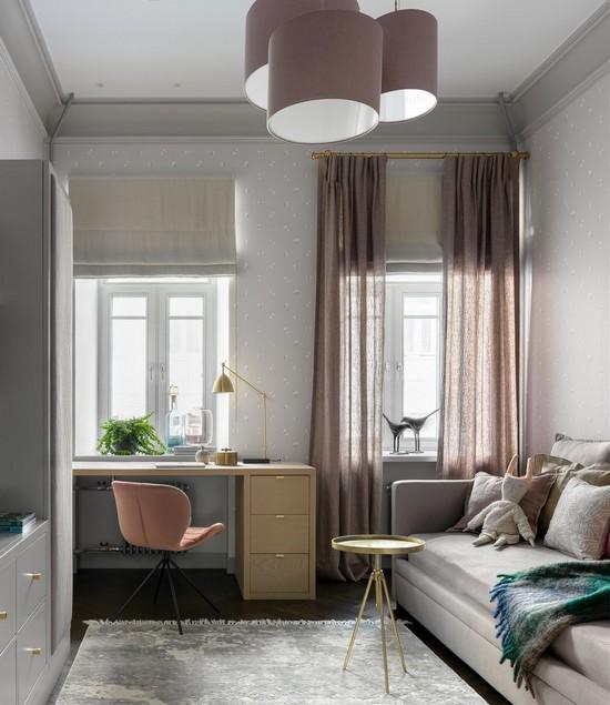 два окна в комнате рядом: как подобрать шторы