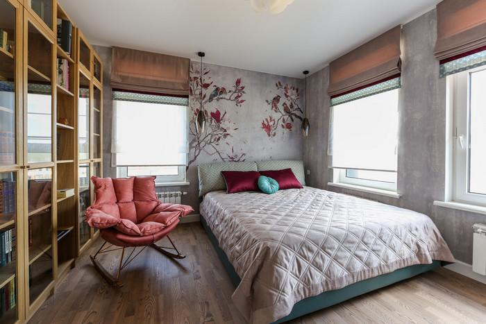 три окна в спальне