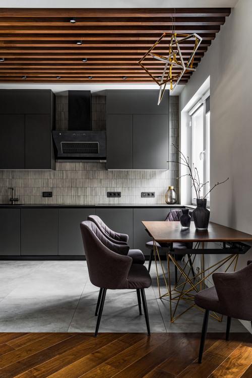 реечный потолок в интерьере кухни