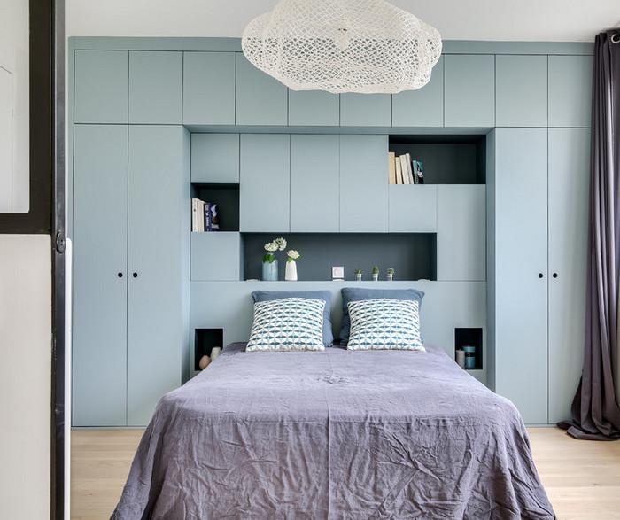 встроенный шкаф вокруг кровати